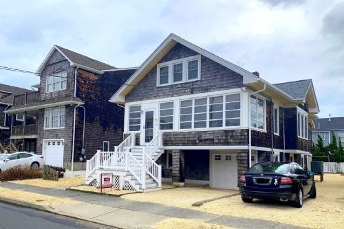 Amazing Vacation Rental In Seaside Park Nj Home Remodeling Inspirations Cosmcuboardxyz
